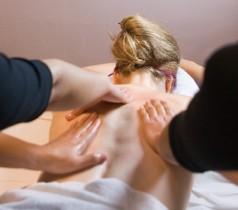 Massage thaïlandais à 4 mains