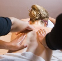Massage thaïlandais à 4 mains